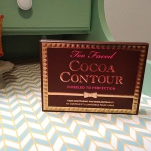 Too Faced cocoa contour pallet (NWB)